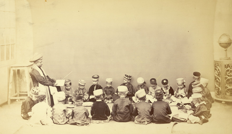 Class with teacher in vernacular school, Bombay